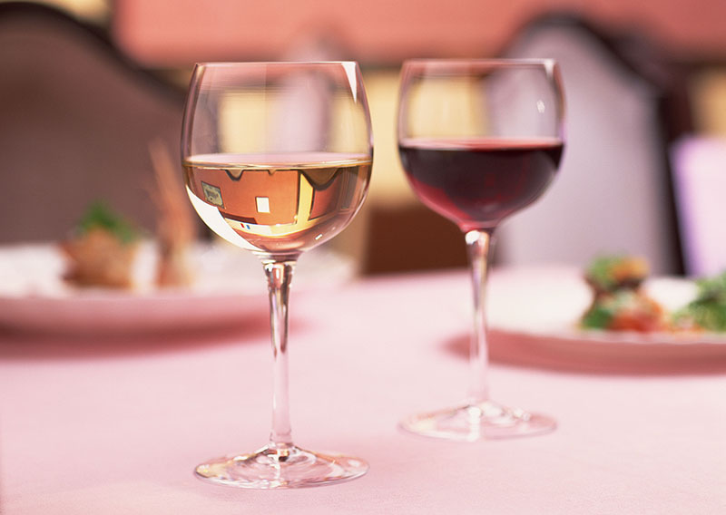 Glass of wine which matches main dining Shinka * Japanese dishes
