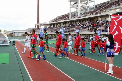 It is report of our FC Ryukyu hotels group crown game.