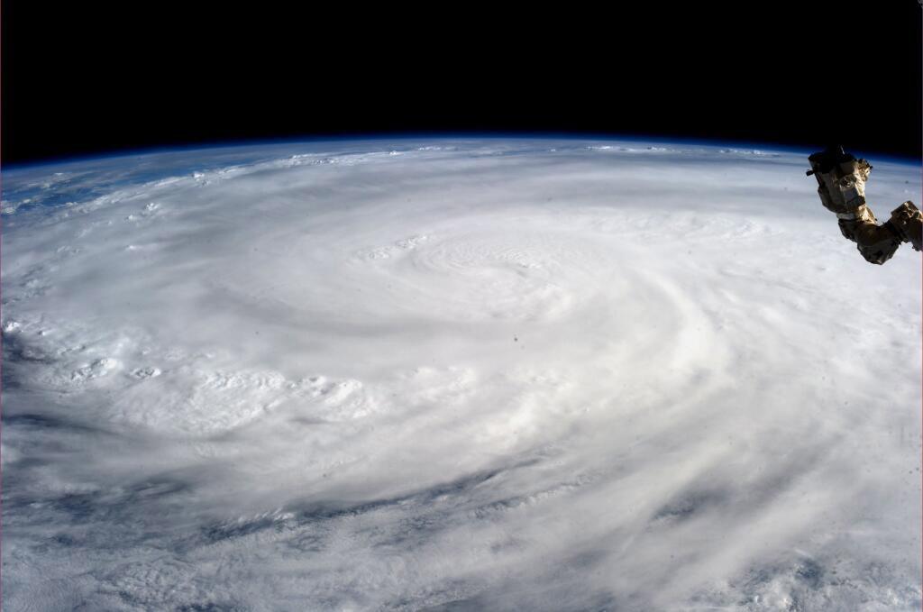 台風11号接近にともなう営業等変更のお知らせ