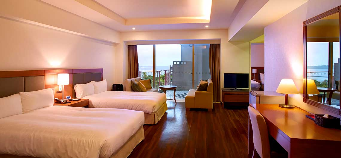 2 universal bedrooms