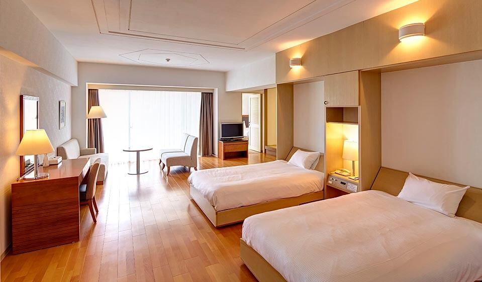 We stay in spacious and comfortable room!